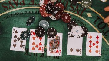 العب لعبتك المفضلة في Casino 888
