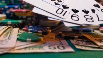 ماذا يمكن أن يحصل لو راهن لاعب بـ 1000$ في لعبة روليت ؟