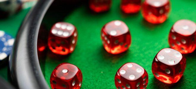 هل هناك قصة للاعب فاز بأكثر من 50,000$ في لعبة بوكر؟